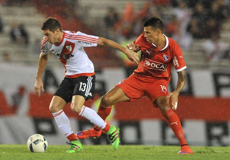 River Plate aprovechó la oportunidad y se quedó con el clásico