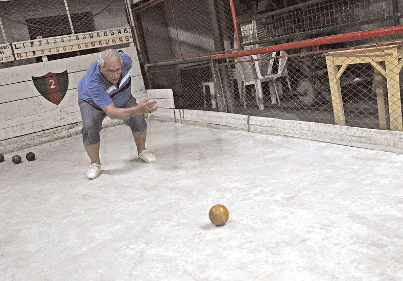 Salida. En muchas ocasiones –no siempre– suele ser fundamental para el desarrollo de la partida. Foto: Manuel Testi / Diario UNO Santa Fe