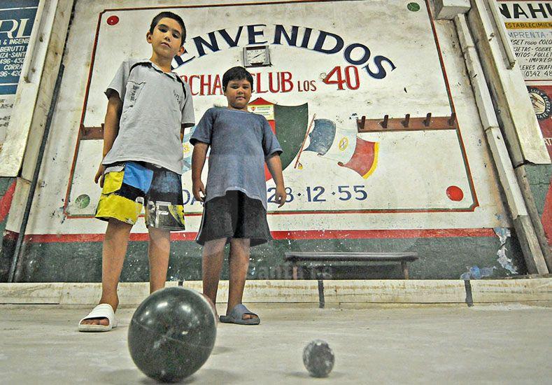 Renovación. Los más pequeños también se animan a probar las bondades de esta legendaria disciplina. Foto: Manuel Testi / Diario UNO Santa Fe