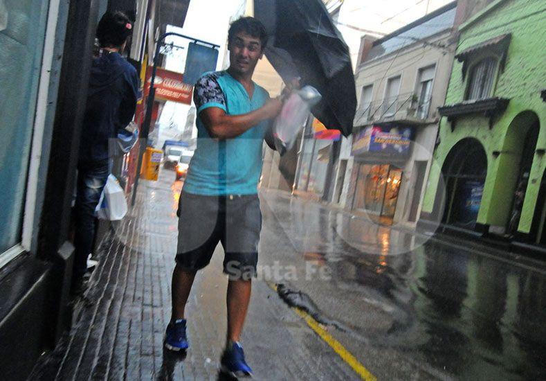 Hasta el mediodía se registraron lluvias de hasta 40 milímetros en la ciudad