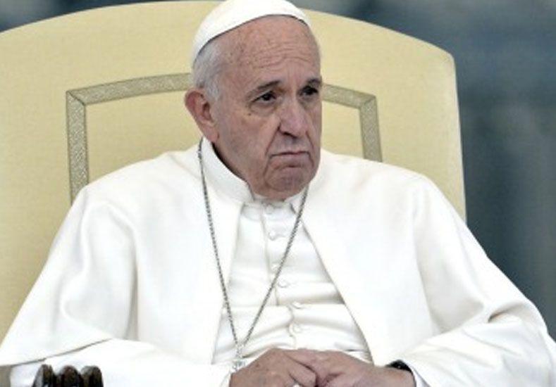 Con algunas líneas de fiebre, Francisco suspendió su agenda de este jueves