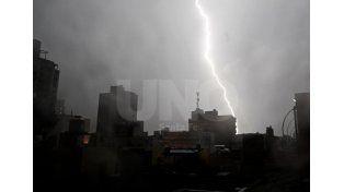 Lanzan un alerta meteorológico por lluvias y tormentas fuertes