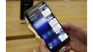 El S7 Edgede Samsung se puede sumergir hasta 1