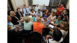 Paritarias: El gobierno mejoró la propuesta a los docentes
