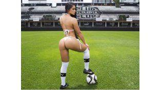 La chica más linda de Perú rompe récords con sus curvas