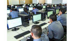 Comienza el proceso de concurso para los ascensos policiales 2015