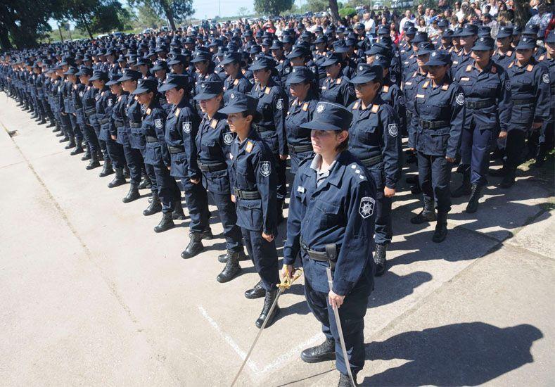 Postulantes. Los agentes deben anotarse on line para participar del concurso que les permite subir de rango.