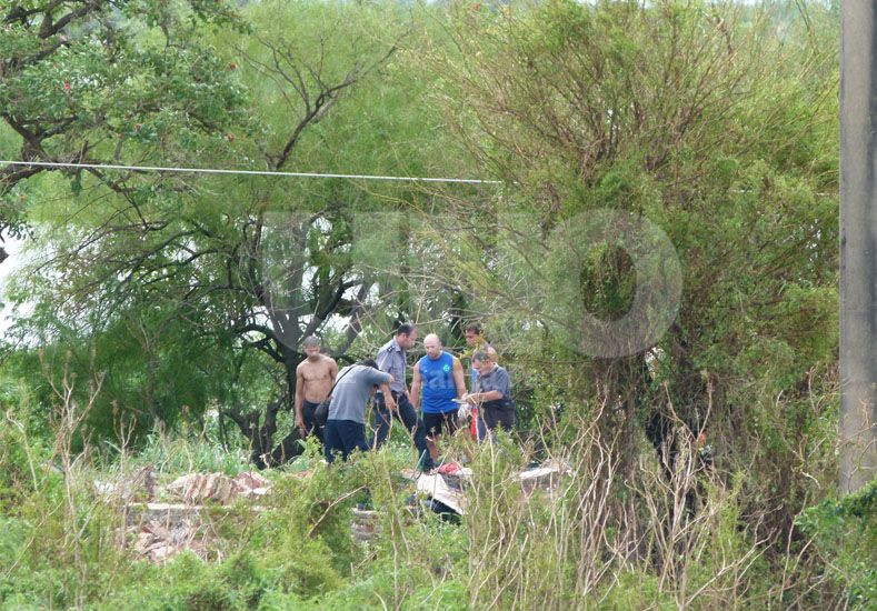 En un islote, murieron padre e hijo aplastados por una pared