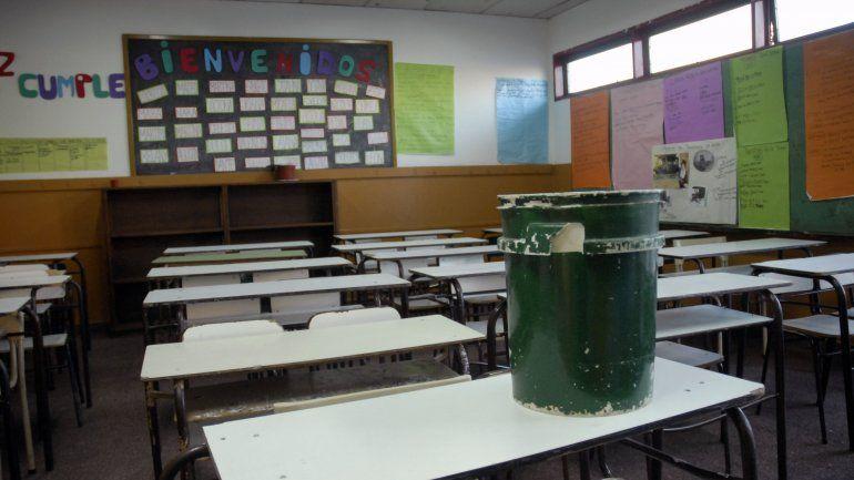 Macri puso techo a las paritarias docentes: El límite en cada provincia es el 25%