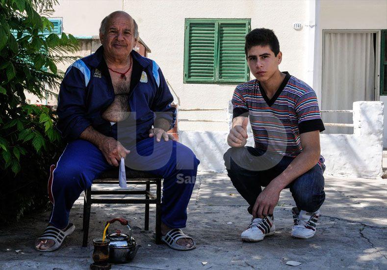 Histórico. El equipo de mate es fundamental para poder pasar una tarde de charla con los vecinos. / Diario UNO Santa Fe: Manuel Testi