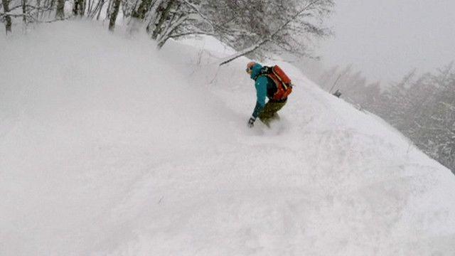 Sascha Hamm quedó atrapado bajo la nieve luego de ser sorpendido por una avalancha.