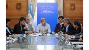 Frigerio con ministros de Economía provinciales. Es necesario un federalismo fiscal más razonable