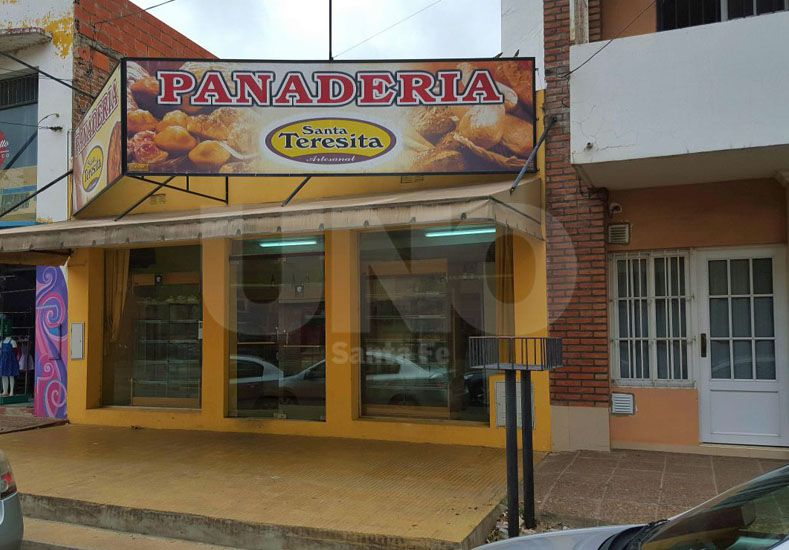 Volvieron a robar una panadería en barrio Mariano Comas
