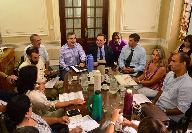 Los ministros González