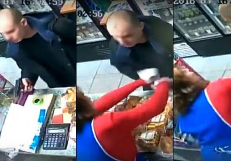 VIDEO: comerciante se defiende de un ladrón a calculadorazo limpio