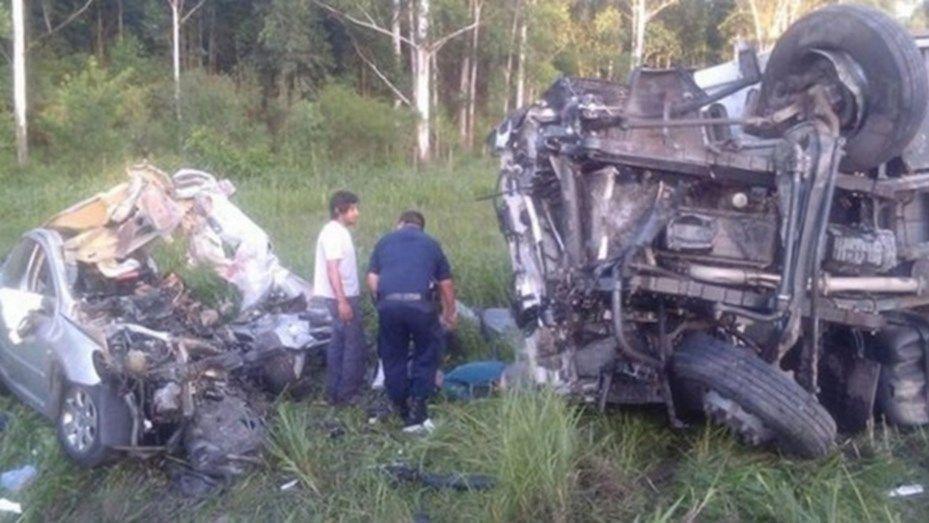 Choque fatal en Salta: murió una familia completa