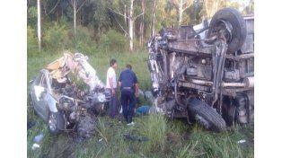 Murió una familia en un choque frontal en la provincia de Salta