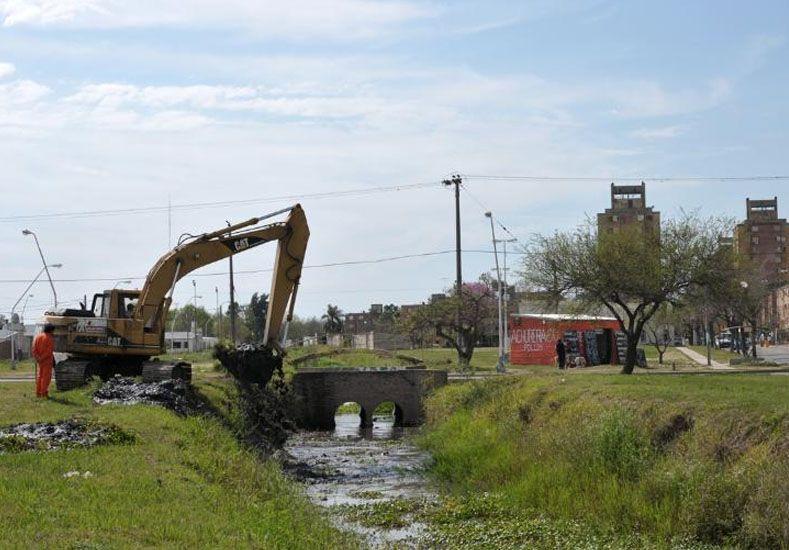 Inversión millonaria del Municipio en mantenimiento de desagües y canales