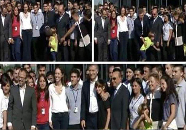 Un nene no se quería sacar una foto con Macri y terminó llorando