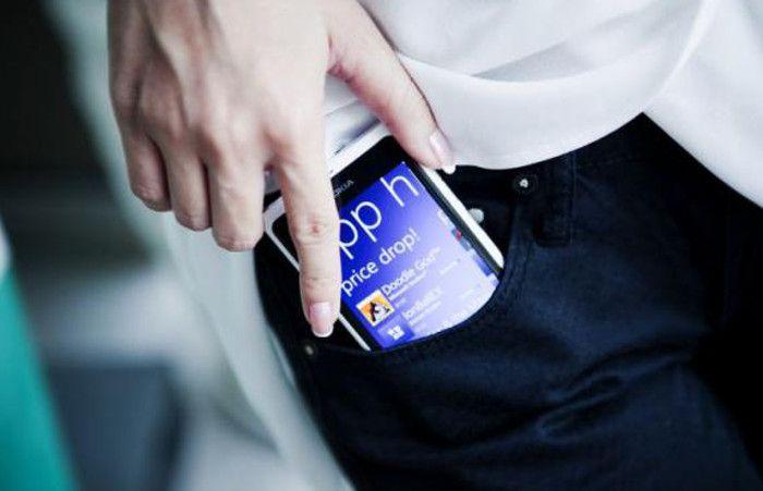 Resuelven el misterio de por qué se siente que vibra el celular cuando en realidad no lo hace