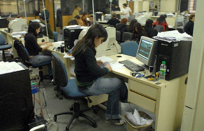 Molina aseguró que es fácil saber si los empleados del Estado cumplen las tareas que les fueron asignados.