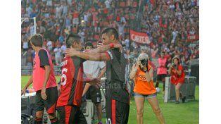Alan Ruiz y Víctor Figueroa se entendieron a la perfección en el primer partido oficial que jugaron juntos