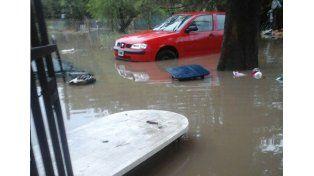Un lector del UNO de la vecina ciudad de Santo Tomé nos envió el registro del temporal de este lunes por la mañana.