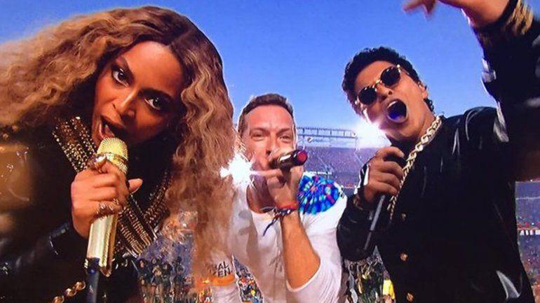 Coldplay, Bruno Mars y Beyoncé fueron las estrellas que brillaron en el SuperBowl