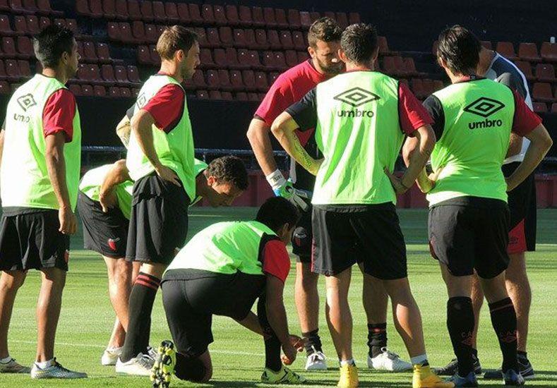 El elenco rojinegro pretende arrancar el torneo con una victoria que le permita sacar chapa de equipo confiable. Foto: Prensa Colón