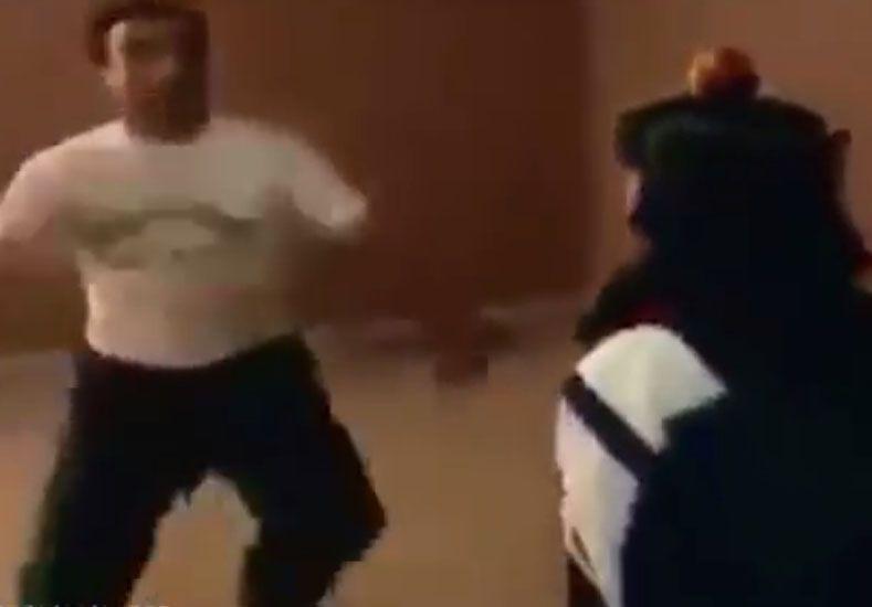 Maestro de artes marciales quiso mostrar su destreza y casi mata a su asistente