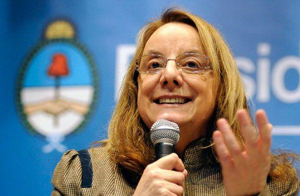 Alicia Kirchner le pidió al gobierno que rescinda los contratos con Lázaro Báez