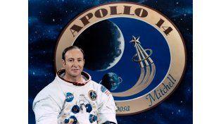 Fallece Edgar Mitchell, astronauta que caminó en la Luna