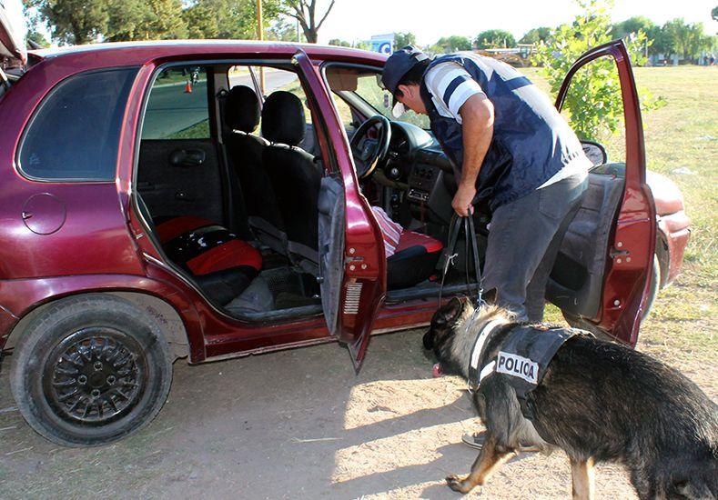Realizaron operativos antidroga en barrio Roma y Santa Rosa de Lima