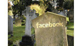 Morboso: Google y Facebook permiten continuar con las cuentas de personas fallecidas