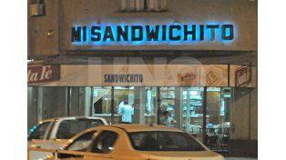 El tradicional bar santafesino Mi Sandwichito cierra sus puertas tras 46 años de historia