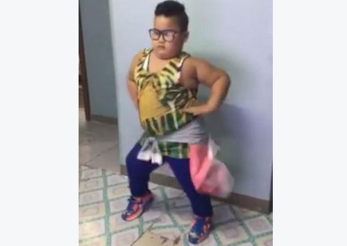 Coreografía de pequeño bailando 'Sorry' causa furor en Facebook