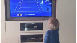 Así reacciona el hijo de Djokovic cuando lo ve jugar