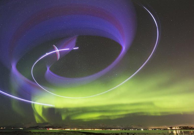 El aventurero que desafía a la Aurora Boreal