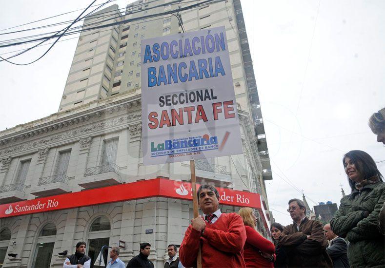 La Bancaria confirmó la jornada de protesta en rechazo a los despidos