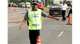 Viaje seguro. La Policía de Seguridad Vial aconseja los recaudos necesarios para antes de partir.