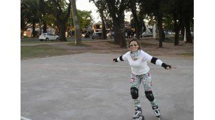 La práctica del roller urbano se consolida en las calles de la ciudad