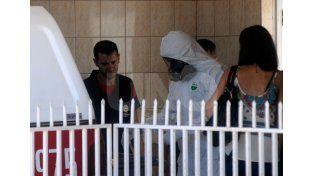 Peritajes. El operativo policial se dio en horas del mediodía en barrio San José./ Mauricio Centurión.