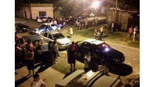 Rosario: Taxistas lanzaron un paro tras el crimen de un chofer