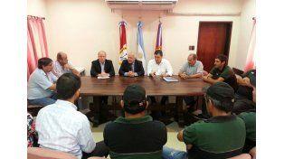 Lifschitz y Contigiani en una reunión con representantes de Sadesa.