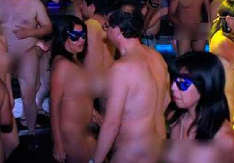 Furor en Córdoba por cumpleaños nudistas
