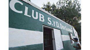 El club Social y Deportivo Don Salvador nació el 7 de marzo de 2001 en una pequeña cancha ubicada en calle Centenario al 1300 del barrio La Cruzada de Santo Tomé.