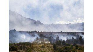 El incendio forestal en Chubút ya afectó 1.600 hectáreas