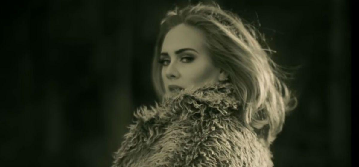 Adele rompió el récord de visitas en YouTube