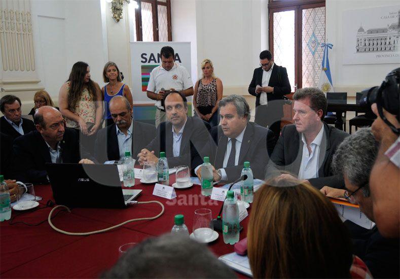Comité. Amplia participación tuvo el encuentro realizado este miércoles en Casa de Gobierno / Foto: Juan Manuel Baialardo - Uno Santa Fe