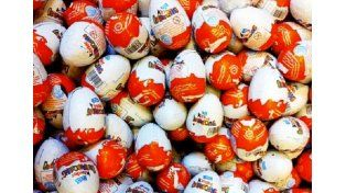Una nena de 3 años murió en Francia: se ahogó con un juguete del huevo Kinder